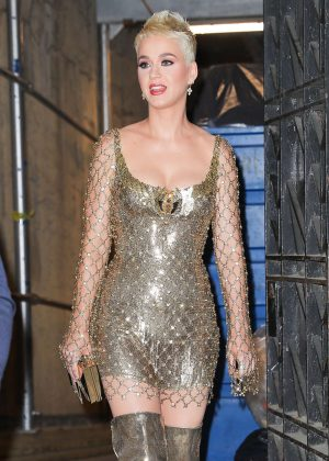 Katy Perry - Arrives at the Met Gala in New York City