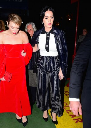 Katy Perry - Deboarding Karl Lagerfeld Cruise in NY