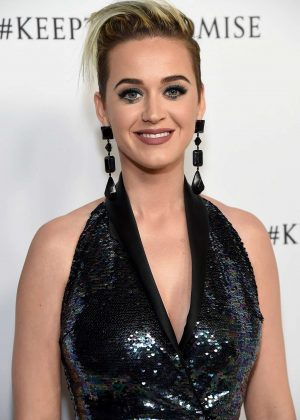 Katy Perry - Elton John 70th Birthday Party in Los Angeles