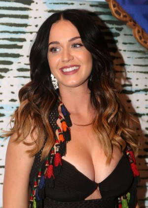 Katy Perry - 'Finding Neverland' on Broadway in NY