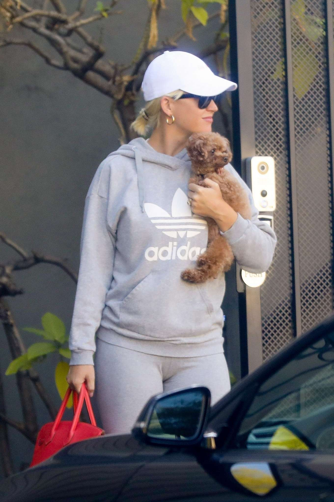 Katy Perry 2019 : Katy Perry – Heads out from her office in West Hollywood-09