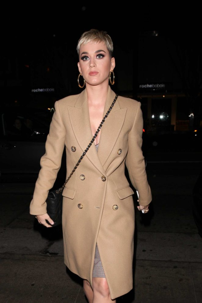 Katy Perry in Long Brown Coat - Arrives at Italian Restaurant Madeo in West Hollywood