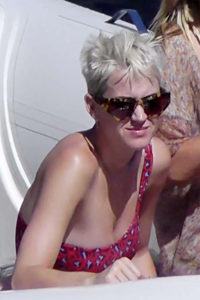 Katy Perry in Swimsuit at Grotta Azzurra in Capri