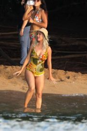 Katy Perry in Swimsuit - Shooting her new music video in Hawaii