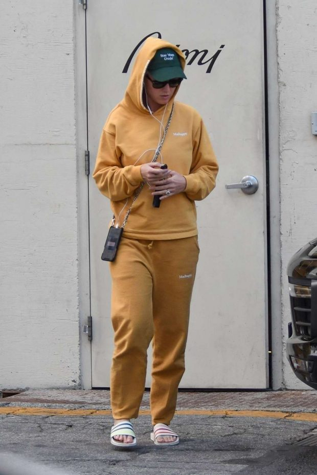 Katy Perry in Tracksuit - Out in Beverly Hills