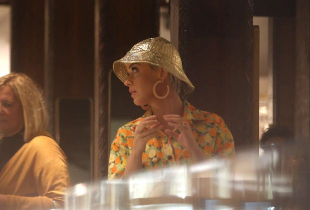 Katy Perry: Jewellery shopping at Liberty London -10