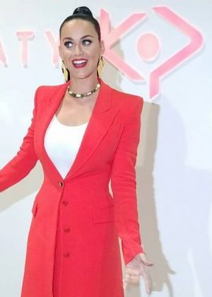 Katy Perry - Launching Her New Shoe Collection in Las Vegas