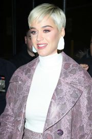 Katy Perry - Leaves the Broadway show 'Wicked' in New York