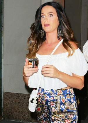 Katy Perry - Leaving a Night Club in New York