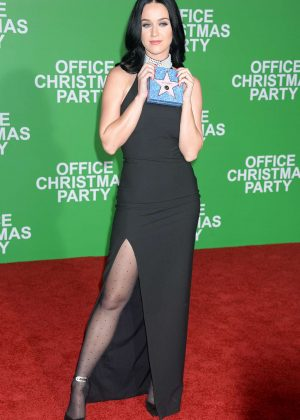 Katy Perry - 'Office Christmas Party' Premiere in Los Angeles
