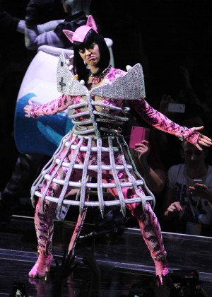 Katy Perry: Performing in Amsterdam -01