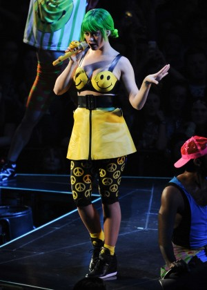 Katy Perry: Performing in Amsterdam -04