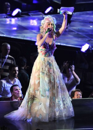 Katy Perry: Performing in Amsterdam -05