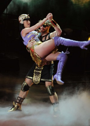 Katy Perry: Performing in Amsterdam -10