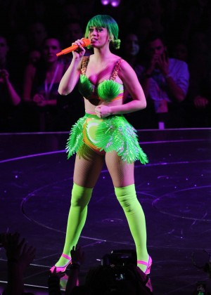 Katy Perry: Performing in Amsterdam -28