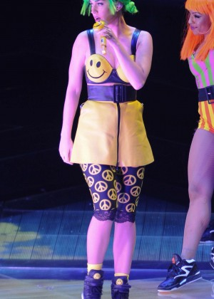Katy Perry: Performing in Amsterdam -30