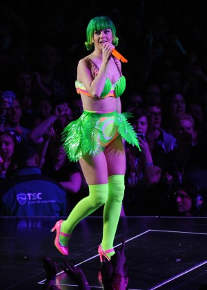 Katy Perry: Performing in Amsterdam -39