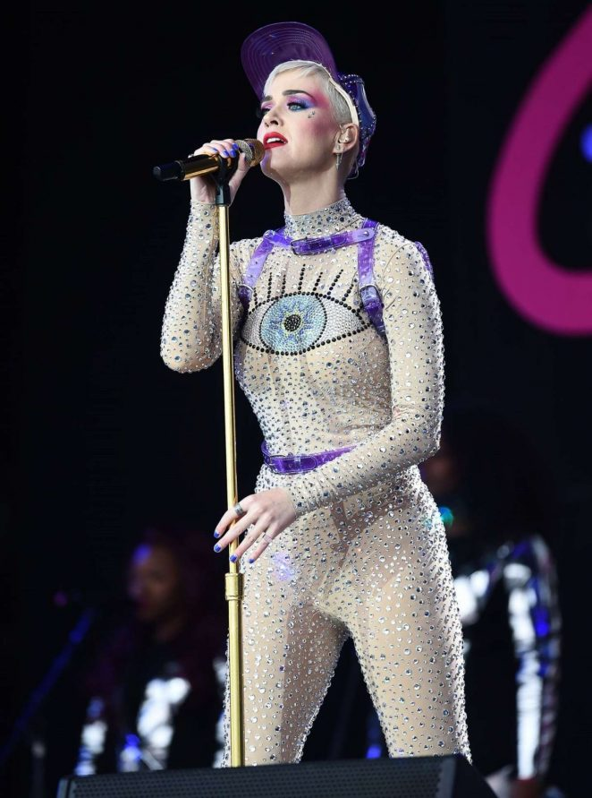 Katy Perry – Performs at Glastonbury Festival 2017