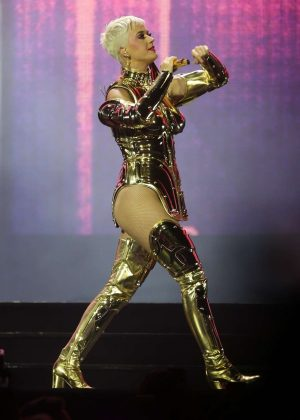 Katy Perry - Performs at the Perth Arena in Perth
