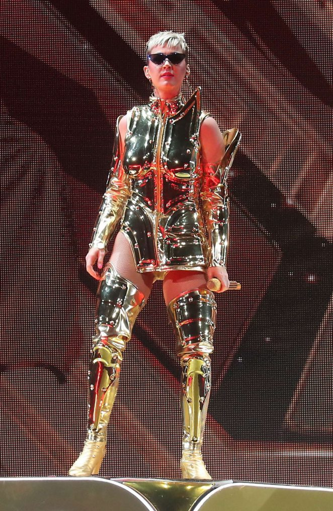 Katy Perry: Performs at Witness: The Tour at T-Mobile Arena -07