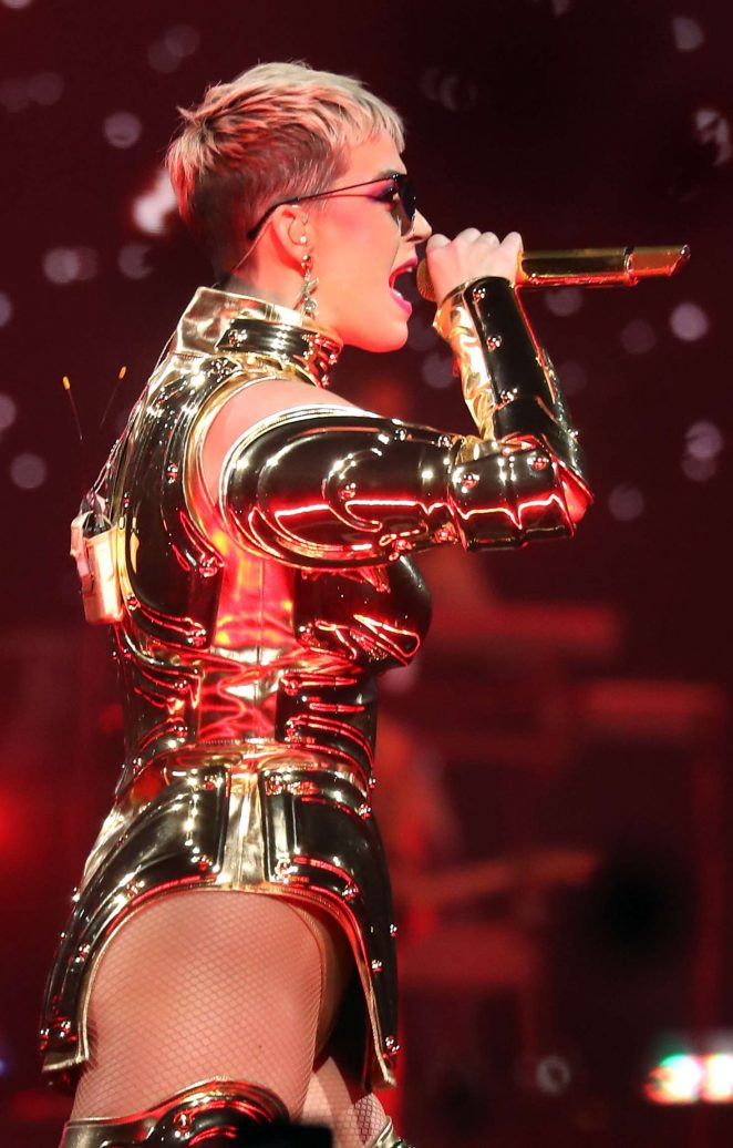 Katy Perry: Performs at Witness: The Tour at T-Mobile Arena -09