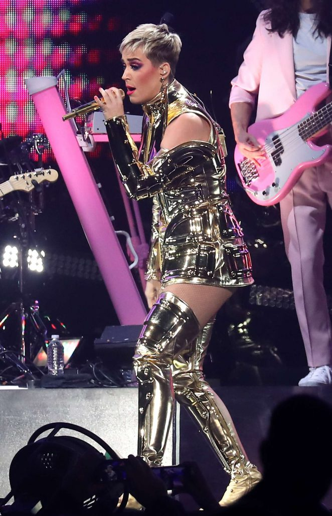 Katy Perry: Performs at Witness: The Tour at T-Mobile Arena -21