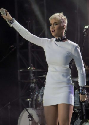 Katy Perry - Performs on One Love Manchester Benefit Concert in Manchester