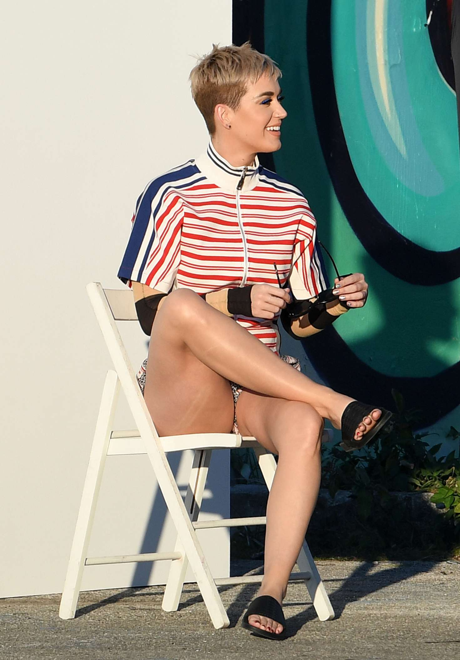 Katy Perry Photoshoot In Miami Indian Girls Villa