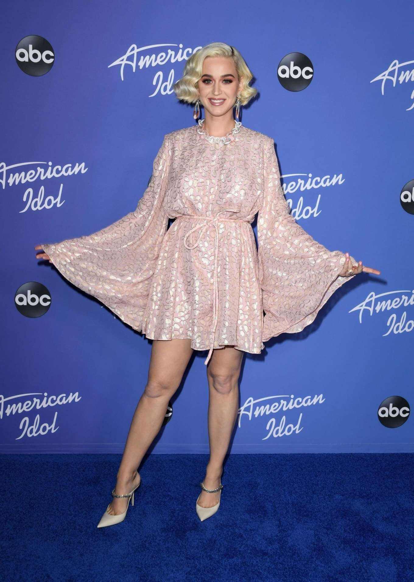 Katy Perry 2020 : Katy Perry – premiere event for new American Idol season in Hollywood-02