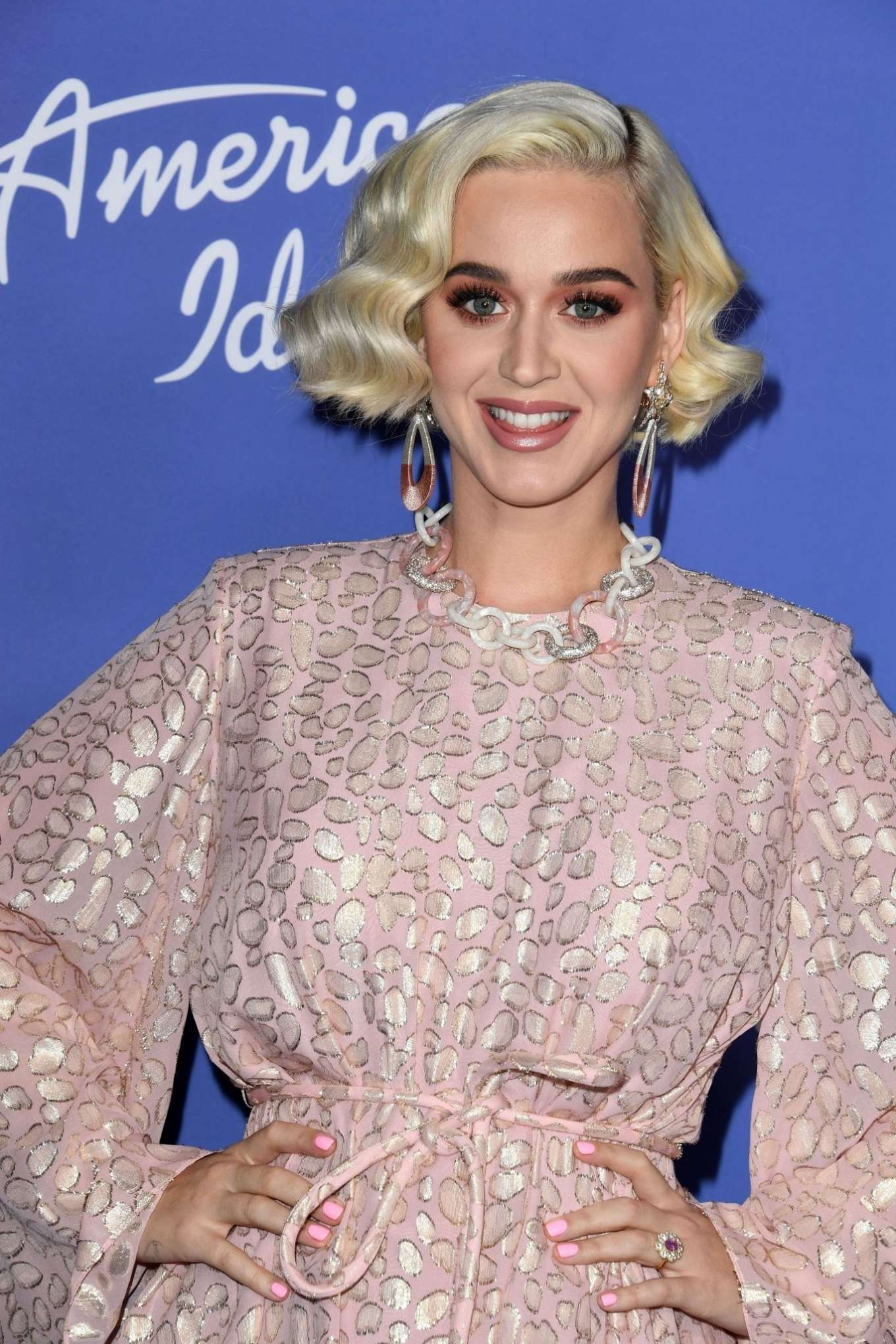 Katy Perry 2020 : Katy Perry – premiere event for new American Idol season in Hollywood-06