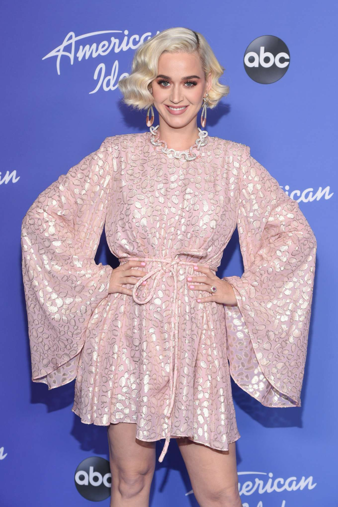 Katy Perry 2020 : Katy Perry – premiere event for new American Idol season in Hollywood-11