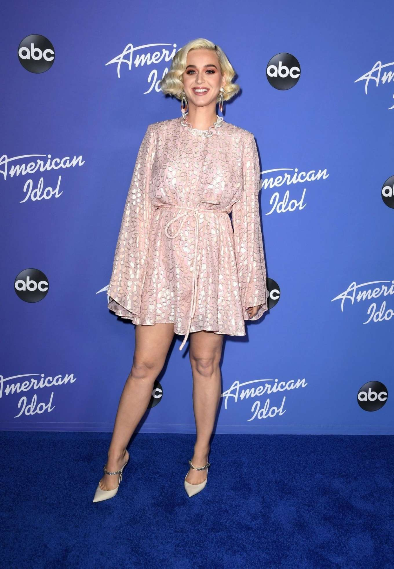 Katy Perry 2020 : Katy Perry – premiere event for new American Idol season in Hollywood-16