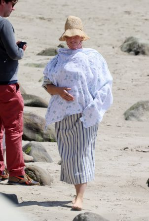Katy Perry - Seen on the beach in Santa Barbara