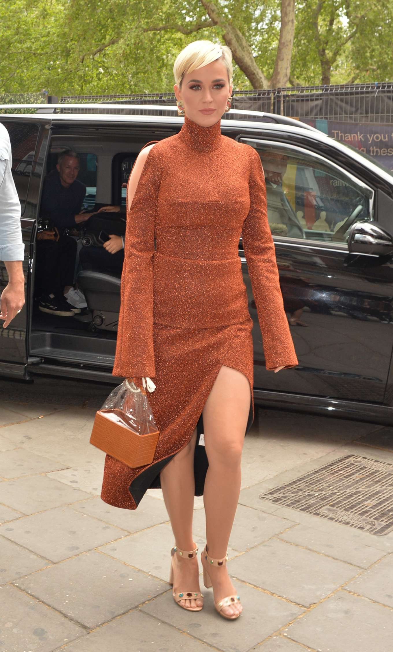 Katy Perry - Seen Out in London