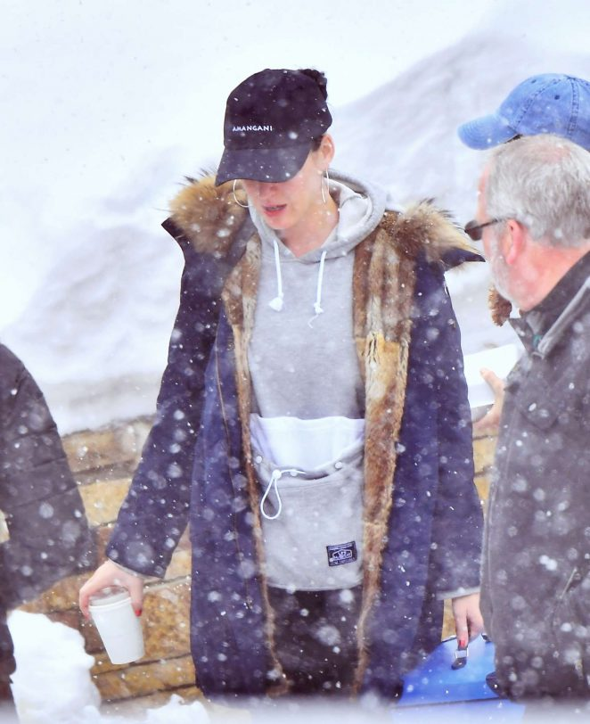 Katy Perry Shopping in Wyoming