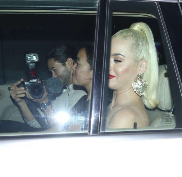 Katy Perry 2019 : Katy Perry – Spotted arriving at party in Mumbai-06