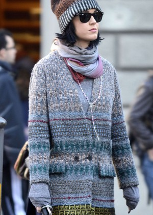Katy Perry Out in Italy