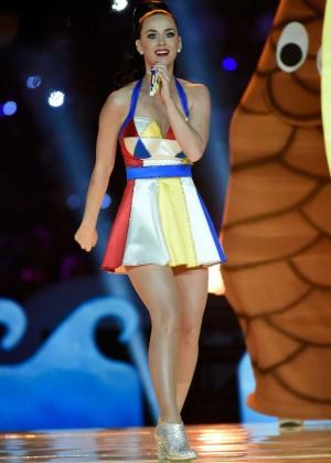 Katy Perry: Superbowl XLIX Halftime Show -02