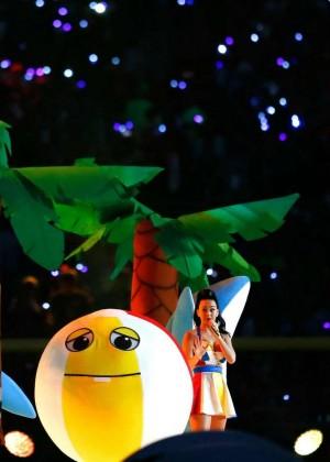Katy Perry: Superbowl XLIX Halftime Show -04