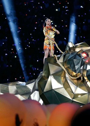 Katy Perry: Superbowl XLIX Halftime Show -05