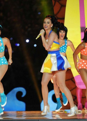 Katy Perry: Superbowl XLIX Halftime Show -11