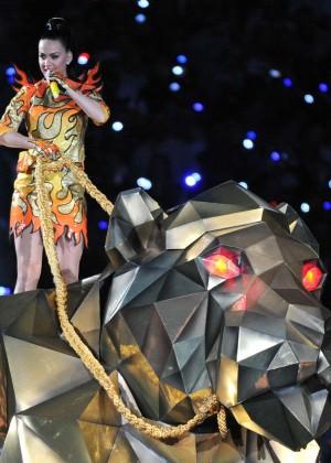 Katy Perry: Superbowl XLIX Halftime Show -16