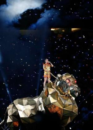 Katy Perry: Superbowl XLIX Halftime Show -24