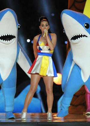Katy Perry: Superbowl XLIX Halftime Show -31
