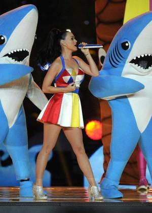 Katy Perry: Superbowl XLIX Halftime Show -32