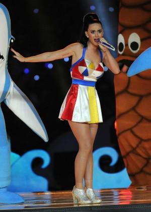 Katy Perry: Superbowl XLIX Halftime Show -49