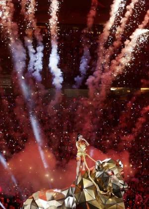 Katy Perry: Superbowl XLIX Halftime Show -54
