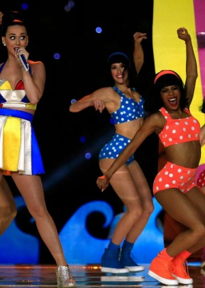 Katy Perry: Superbowl XLIX Halftime Show -66