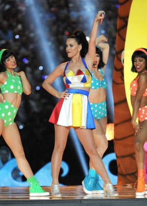 Katy Perry: Superbowl XLIX Halftime Show -67