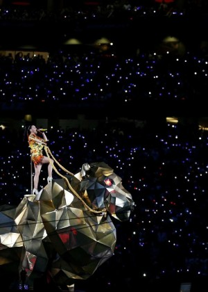 Katy Perry: Superbowl XLIX Halftime Show -91